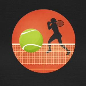 Tenniskreis with player and ball - Women's T-Shirt