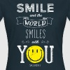 SmileyWorld The World Smiles With You - T-shirt Femme