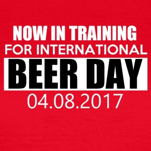 Training for international BEER DAY - Women's T-Shirt