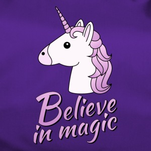 Unicorn head with text Believe in magic in lilac - Duffel Bag