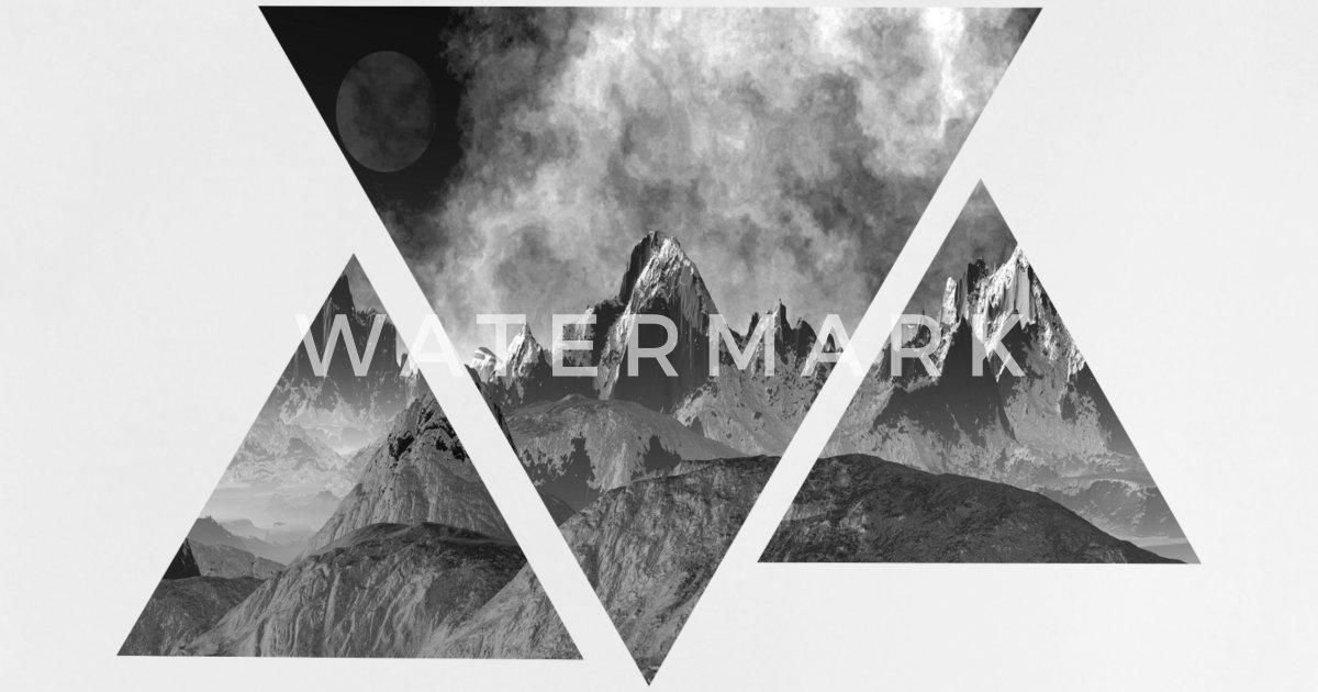 Kleinkind Klettert Dreieck : Dreieck gebirge landschaft geschenkidee baby t shirt spreadshirt