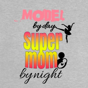 Modell dag super mamma by night - Baby-T-shirt