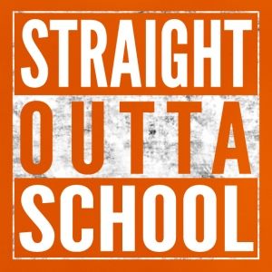 STRAIGHT OUTTA SCHOOL Schule Shirt - Baby T-Shirt