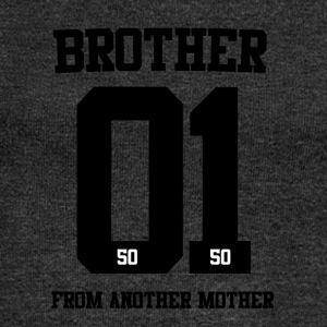 BROTHER FROM ANOTHER MOTHER 01 - Frauen Pullover mit U-Boot-Ausschnitt von Bella
