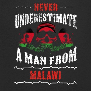 never underestimate man MALAWI - Men's Organic V-Neck T-Shirt by Stanley & Stella