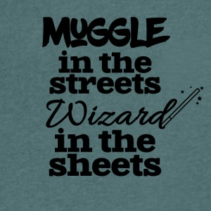 Muggle in the streets wizard in the sheets - Men's Organic V-Neck T-Shirt by Stanley & Stella