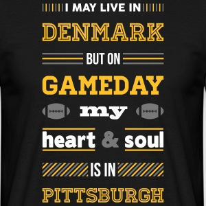 I may live in Denmark... (Pittsburgh edition) - Herre-T-shirt