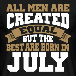 Man's birthday July - Men's T-Shirt