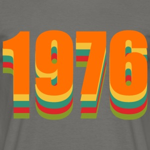 1976 rainbow - Men's T-Shirt
