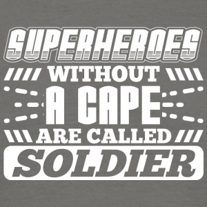 SUPER HEROES SOLDIER - Mannen T-shirt