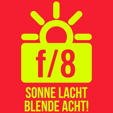 sonne-lacht-blende-8-text-maenner-t-shirt.jpg