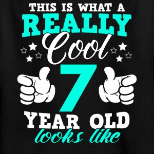 This is what a really cool 7 year old looks like - Kids' T-Shirt