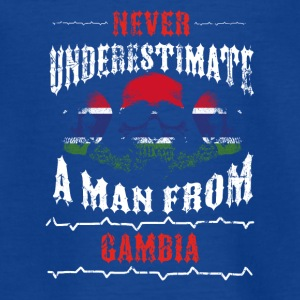 never underestimate man GAMBIA - Teenage T-shirt