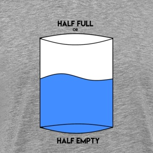 Half full half empty - Premium T-skjorte for menn