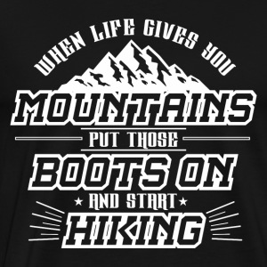 MOUNTAIN MOUNTAIN HIKING: START HIKING GIFT - Men's Premium T-Shirt