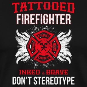 Tattooed firefighter no stereotype - Men's Premium T-Shirt