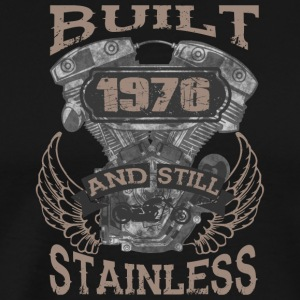 Built and even stainless biker born 1976 - Männer Premium T-Shirt