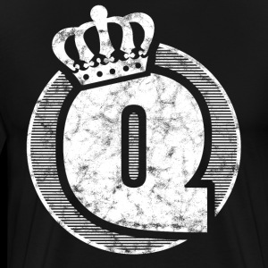 Stylish letter Q with crown