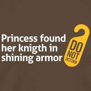 Princess Found Her Knight In Shining Armor! - Men's Premium T-Shirt