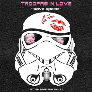 Stromtrooper in Love - Smiling Troopa - spare plass - Premium T-skjorte for kvinner
