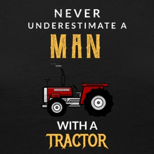 Never underestimate a man with a tractor! - Women's Premium Longsleeve Shirt
