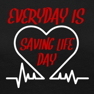 Krankenschwester: Everyday is saving life day - Frauen Premium Langarmshirt