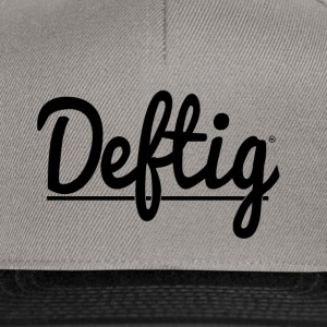 Deftig_underline_black - Snapback-caps