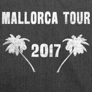 Malle Tour 2017 - Malle T-Shirt - Shoulder Bag made from recycled material
