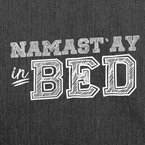 YOGA PILATES NAMASTE: NAMAST'AY IN BED GESCHENK - Schultertasche aus Recycling-Material
