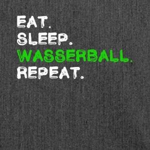 Eat Sleep Wasserball Repeat Shirt - Schultertasche aus Recycling-Material