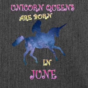 Unicorn queens are born in june - Shoulder Bag made from recycled material