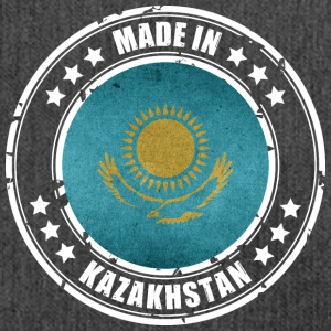 Made in Kasakhstan - Skuldertaske af recycling-material