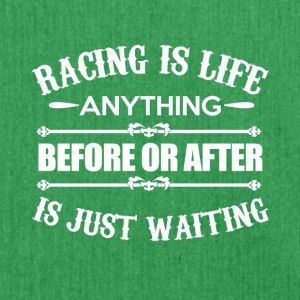 Racing is Life - Schultertasche aus Recycling-Material