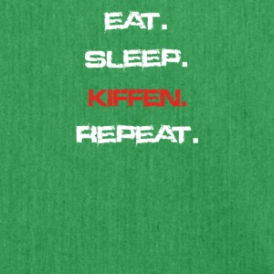 eat sleep repeat KIFFEN - Schultertasche aus Recycling-Material