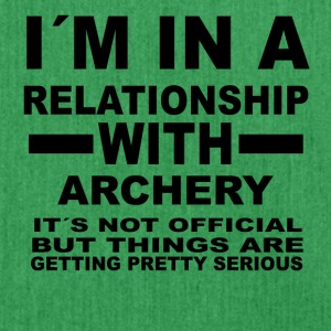 relationship with ARCHERY - Schultertasche aus Recycling-Material