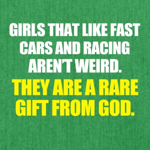 Girls that like fast Cars are a gift from God - Schultertasche aus Recycling-Material