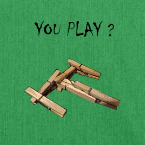 you play nave - Bandolera de material reciclado