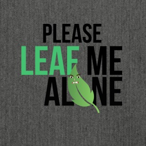 Leaf me alone - Schultertasche aus Recycling-Material