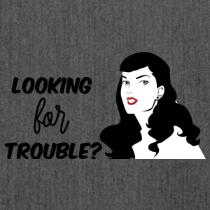 Pin-Up Girl / Rockabilly / 50s: Looking for Troubl - Olkalaukku kierrätysmateriaalista