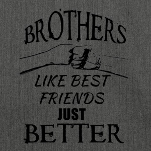 Brothers better than best friends black - Schultertasche aus Recycling-Material