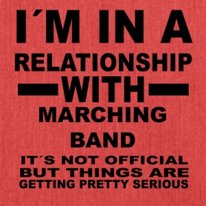 relationship with MARCHING BAND - Schultertasche aus Recycling-Material