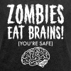 Zombies Eat Brains (You're Save) - Frauen T-Shirt mit gerollten Ärmeln