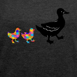 duck autism - Women's T-shirt with rolled up sleeves
