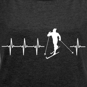 I love cross-country skiing (cross-country skiing heartbeat) - Women's T-shirt with rolled up sleeves