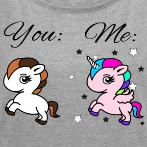 You vs Me - Women's T-shirt with rolled up sleeves