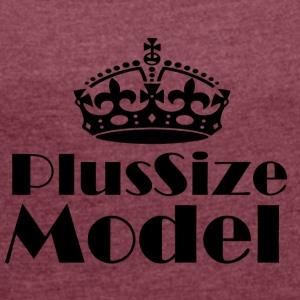 Plus-size model - Women's T-shirt with rolled up sleeves