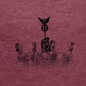 Around the World: Quadriga - Berlin - Women's T-shirt with rolled up sleeves