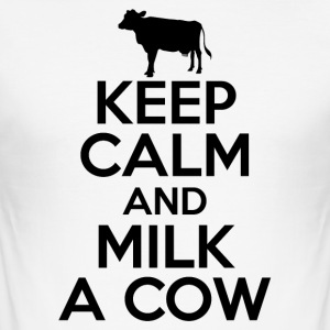 Stay relaxed and milk cows - Men's Slim Fit T-Shirt