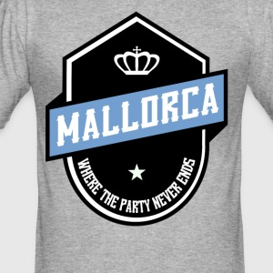WHERE PARTY NEVER ENDS MALLORCA - Men's Slim Fit T-Shirt