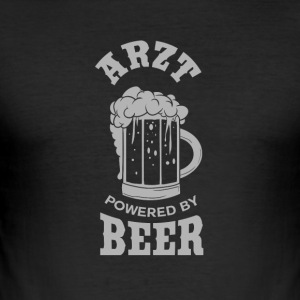 ARZT powered by Beer - Männer Slim Fit T-Shirt